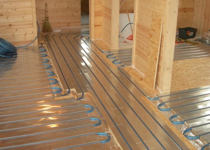 Как сделать тёплый пол в деревянном доме от отопления