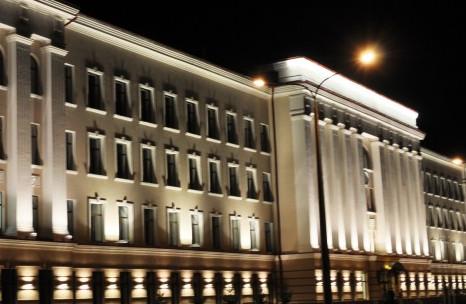 Архитектурная подсветка зданийий из проволоки
